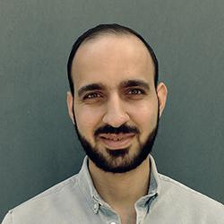Bilde av Ali. Han utvikler digitale læringsløsninger.