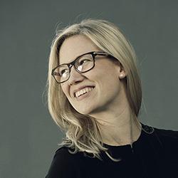Bilde av Linn. Hun utarbeider konsept og pedagogisk innhold i læringsløsninger.
